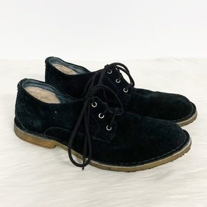 UGG Shoes - Ugg | Chaucer Black Suede Shearling Oxfords 10